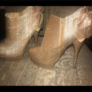 Shoes - Gold  Glittery Booties with Bow tie